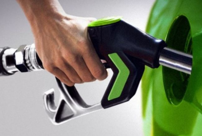 Тонкости заправки автомобиля топливом