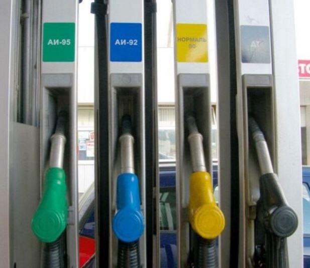 Тонкости заправки автомобиля топливом 2