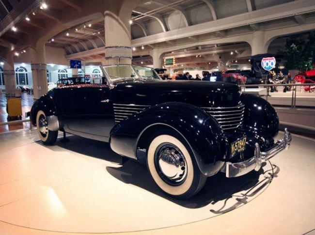 ТОП-6 автомобильных музеев мира