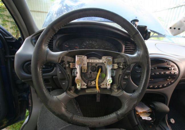 Замена руля в автомобиле