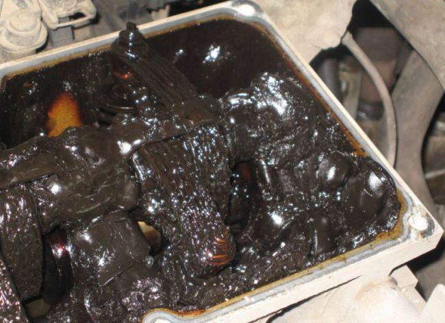 Зачем промывать двигатель перед заменой масла 3