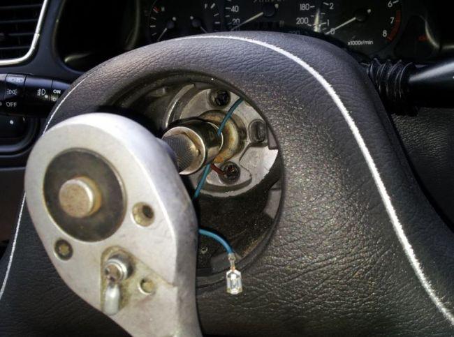 Замена автомобильного руля 2