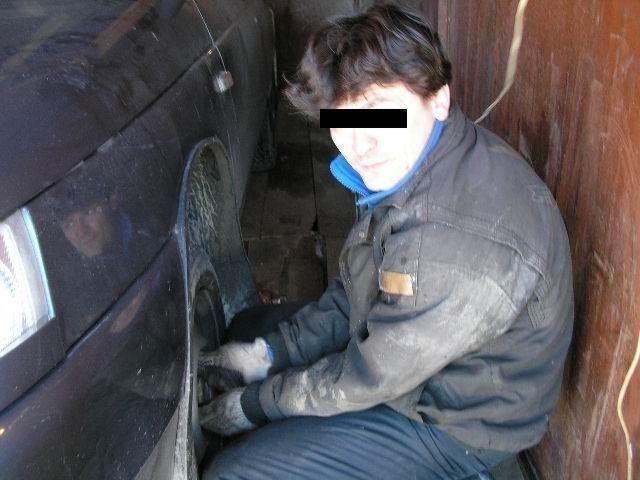 Замена тормозных шлангов, прокачка тормозов на ВАЗ 2110