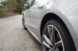 Тестируем новые шины Bridgestone Potenza Sport на самых красивых дорогах страны