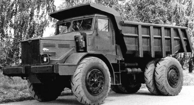 МАЗ-525 первая советская разработка