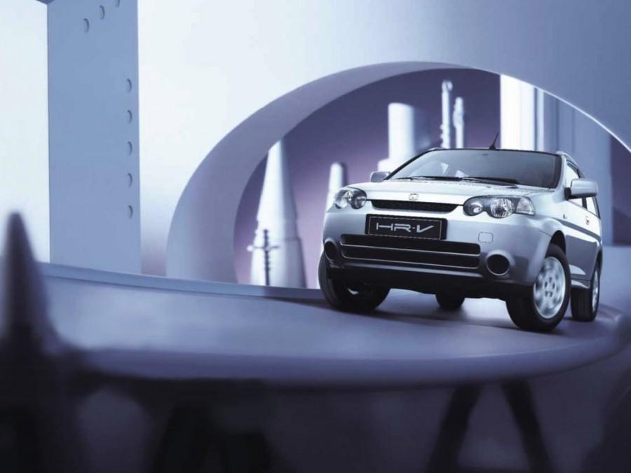 Honda HR-V кроссовер 3-дв., 2001–2006, 1 поколение [рестайлинг] - отзывы, фото и характеристики на Car.ru