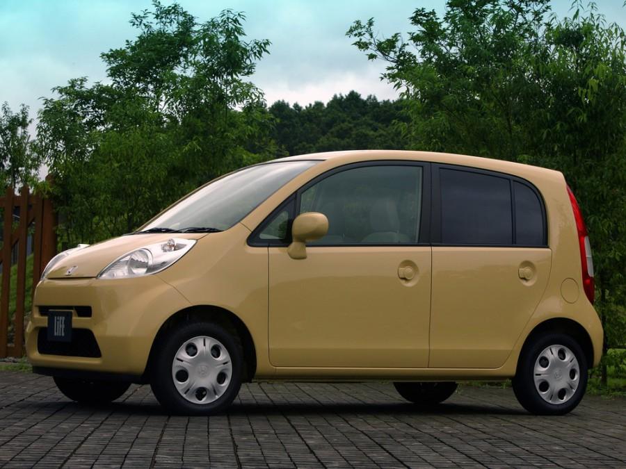 Honda Life хетчбэк, 2003–2006, 4 поколение - отзывы, фото и характеристики на Car.ru