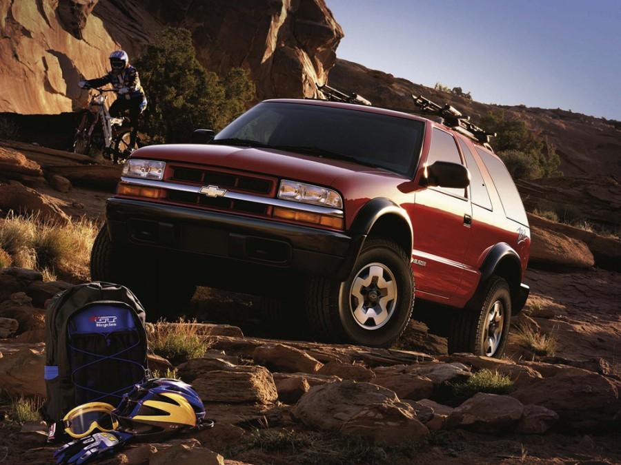 Chevrolet Blazer внедорожник 3-дв., 1997–2005, 4 поколение [рестайлинг] - отзывы, фото и характеристики на Car.ru