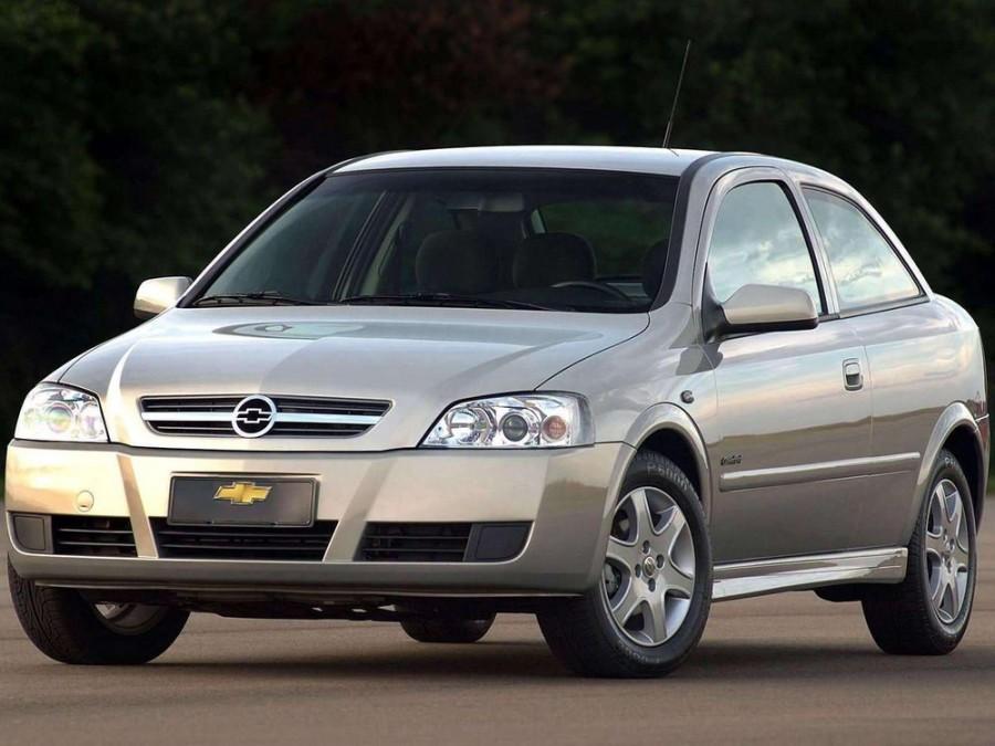 Chevrolet Astra хетчбэк 3-дв., 2003–2011, 2 поколение [рестайлинг] - отзывы, фото и характеристики на Car.ru