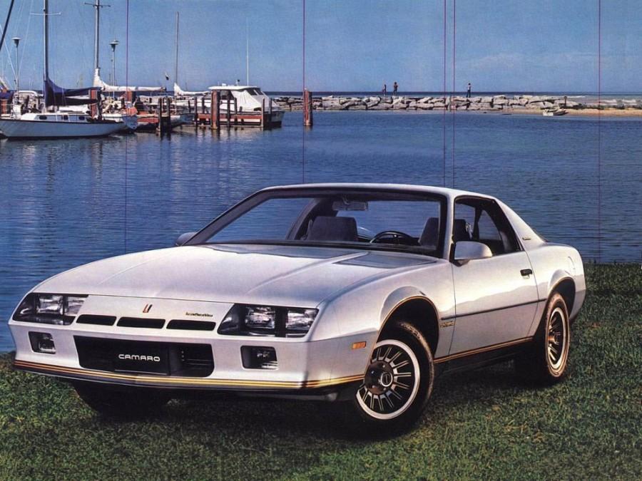 Chevrolet Camaro купе, 1982, 3 поколение - отзывы, фото и характеристики на Car.ru