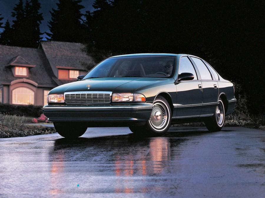 Chevrolet Caprice седан, 1994–1996, 4 поколение [рестайлинг] - отзывы, фото и характеристики на Car.ru