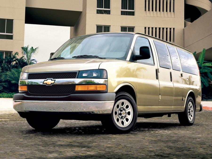 Chevrolet Express микроавтобус, 2003–2016, 1 поколение [рестайлинг] - отзывы, фото и характеристики на Car.ru