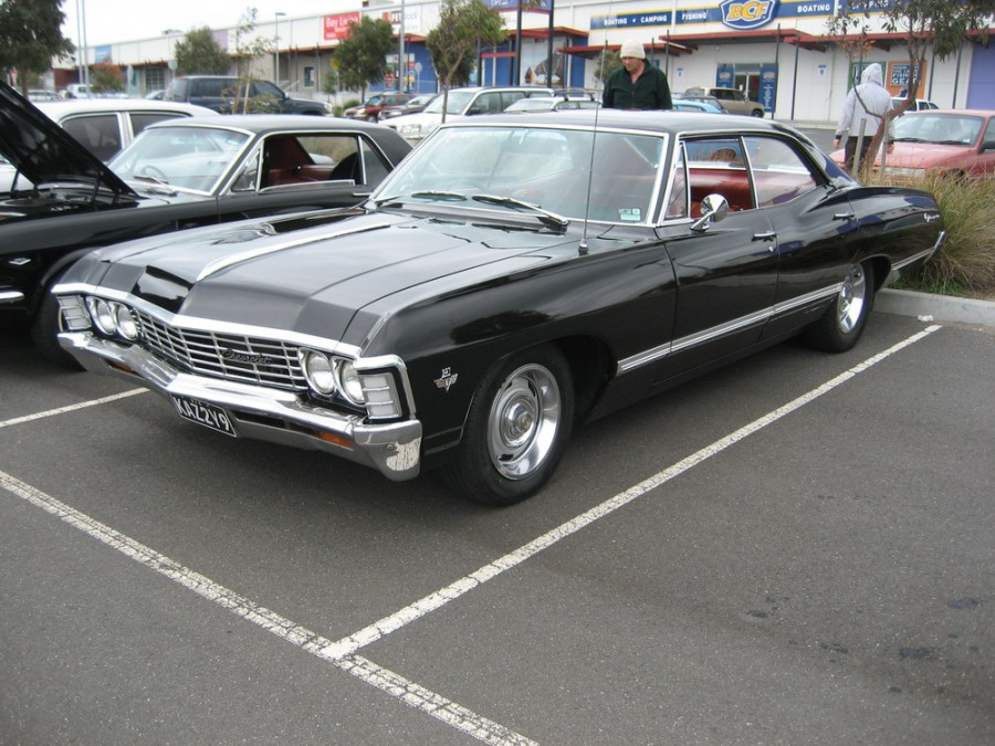 Chevrolet Impala хардтоп, 1967, 4 поколение [2-й рестайлинг], 5.4 Powerglide (275 л.с.), характеристики