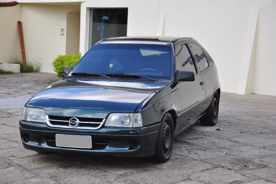 Chevrolet Kadett хетчбэк, 1996–1998, 1 поколение [рестайлинг] - отзывы, фото и характеристики на Car.ru