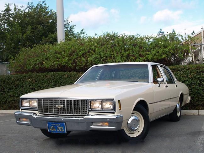 Chevrolet Impala седан, 1980, 6 поколение [3-й рестайлинг] - отзывы, фото и характеристики на Car.ru