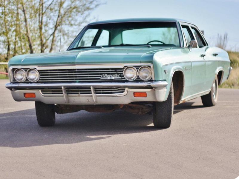 Chevrolet Impala седан, 1966, 4 поколение [рестайлинг] - отзывы, фото и характеристики на Car.ru