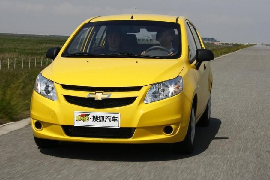 Chevrolet Sail хетчбэк, 2010–2016, 2 поколение - отзывы, фото и характеристики на Car.ru
