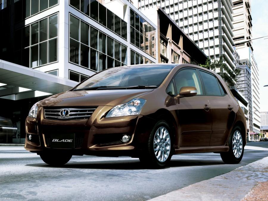 Toyota Blade хетчбэк, 2006–2009, 1 поколение - отзывы, фото и характеристики на Car.ru