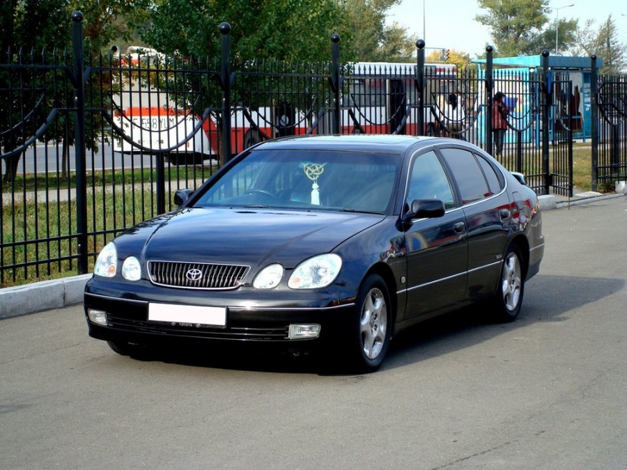 Toyota Aristo седан, 2000–2004, S16 [рестайлинг] - отзывы, фото и характеристики на Car.ru
