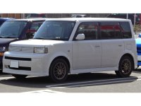 Toyota bB, 1 поколение [рестайлинг], Минивэн, 2003–2005