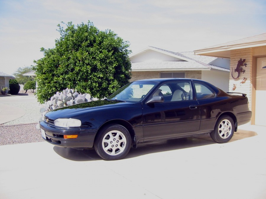 Toyota Camry купе 2-дв., 1994–1996, XV10 [рестайлинг] - отзывы, фото и характеристики на Car.ru