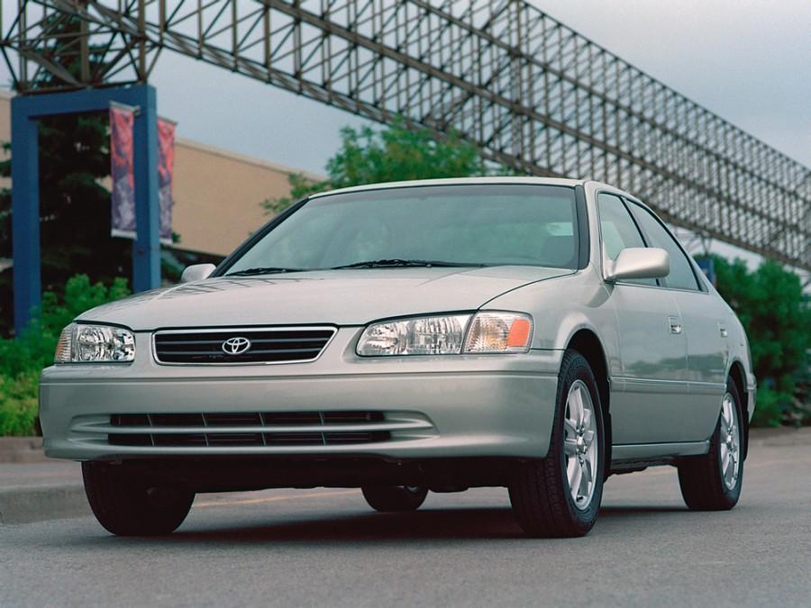 Toyota Camry седан, 2000–2001, XV20 [рестайлинг] - отзывы, фото и характеристики на Car.ru