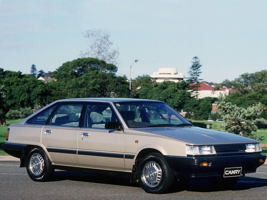 Toyota Camry лифтбэк, 1984–1986, V10 [рестайлинг] - отзывы, фото и характеристики на Car.ru