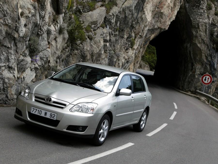 Toyota Corolla хетчбэк 5-дв., 2004–2007, E130 [рестайлинг] - отзывы, фото и характеристики на Car.ru