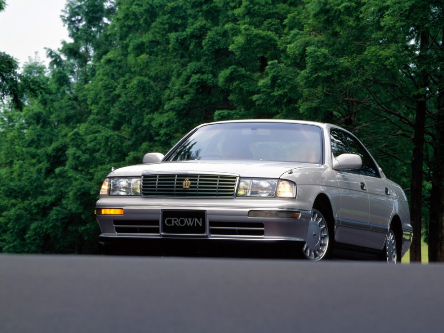 Toyota Crown JDM хардтоп, 1993–1995, S140 [рестайлинг] - отзывы, фото и характеристики на Car.ru