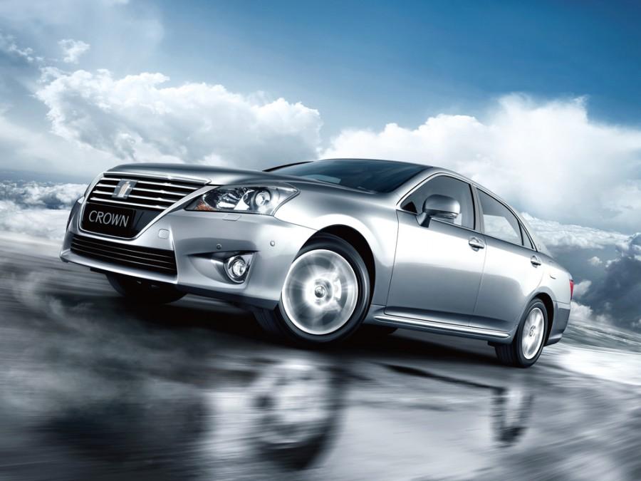 Toyota Crown седан 4-дв., 2010–2016, S200 [рестайлинг] - отзывы, фото и характеристики на Car.ru