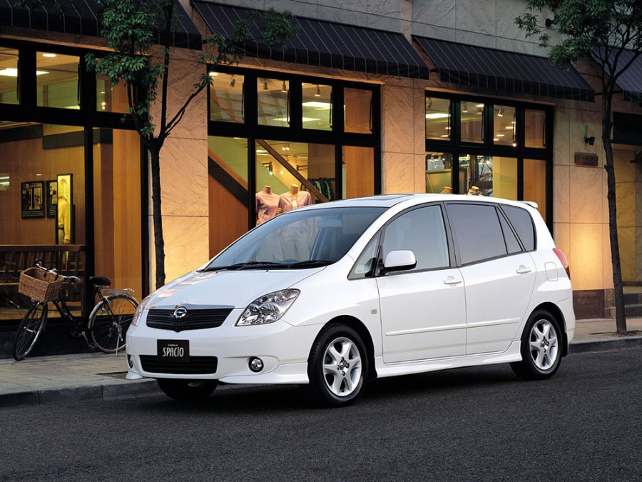 Toyota Corolla Spacio минивэн, 2001–2003, 2 поколение - отзывы, фото и характеристики на Car.ru