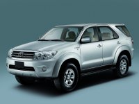 Toyota Fortuner, 1 поколение [рестайлинг], Внедорожник, 2008–2011