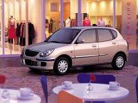 Toyota Duet, 1 поколение [рестайлинг], Хетчбэк, 2001–2004