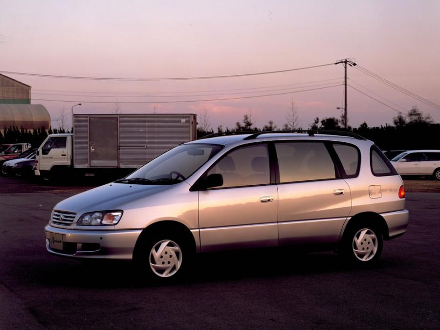 Toyota Ipsum минивэн, 1996–2001, 1 поколение - отзывы, фото и характеристики на Car.ru
