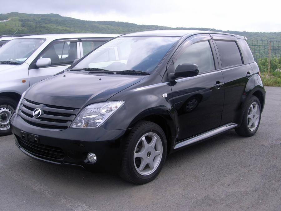 Toyota ist хетчбэк, 2005–2006, 1 поколение [рестайлинг] - отзывы, фото и характеристики на Car.ru