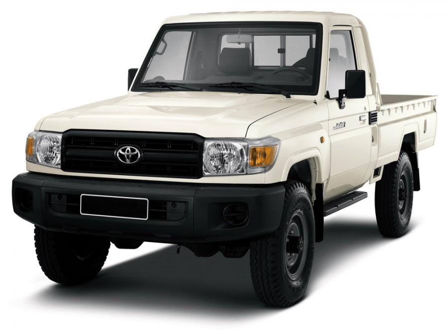 Toyota Land Cruiser J79 пикап 2-дв., 2007–2016, J70 [3-й рестайлинг] - отзывы, фото и характеристики на Car.ru
