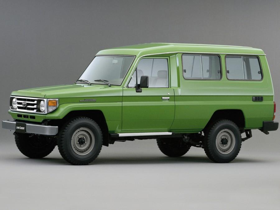 Toyota Land Cruiser J78 внедорожник 3-дв., 1999–2007, J70 [2-й рестайлинг] - отзывы, фото и характеристики на Car.ru