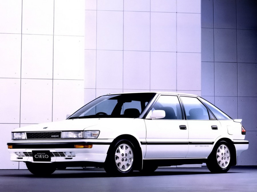 Toyota Sprinter Cielo лифтбэк, 1989–1991, E90 - отзывы, фото и характеристики на Car.ru
