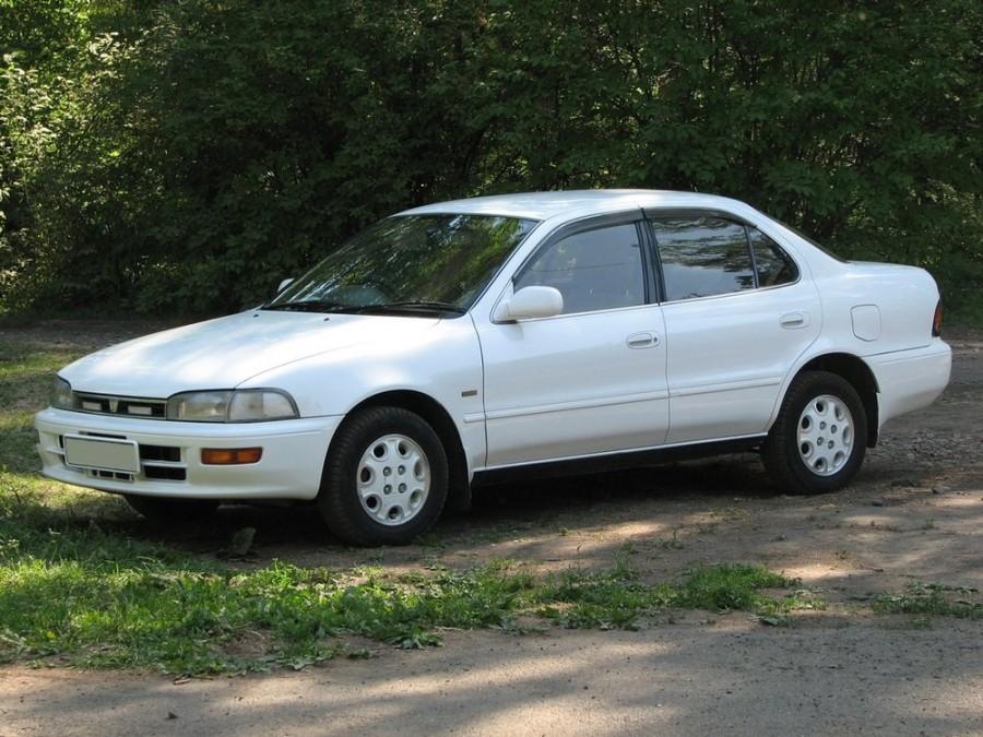 Toyota Sprinter седан, 1991–1995, E100 - отзывы, фото и характеристики на Car.ru