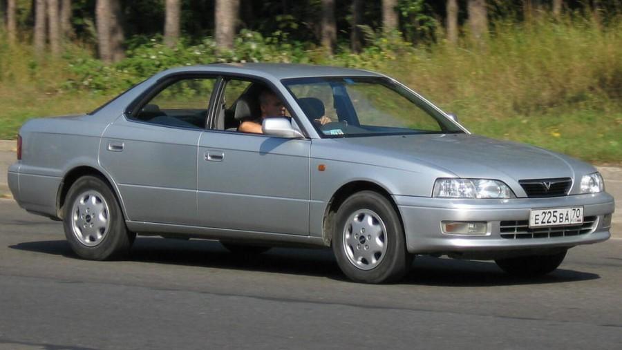 Toyota Vista седан, 1994–1998, V40 - отзывы, фото и характеристики на Car.ru