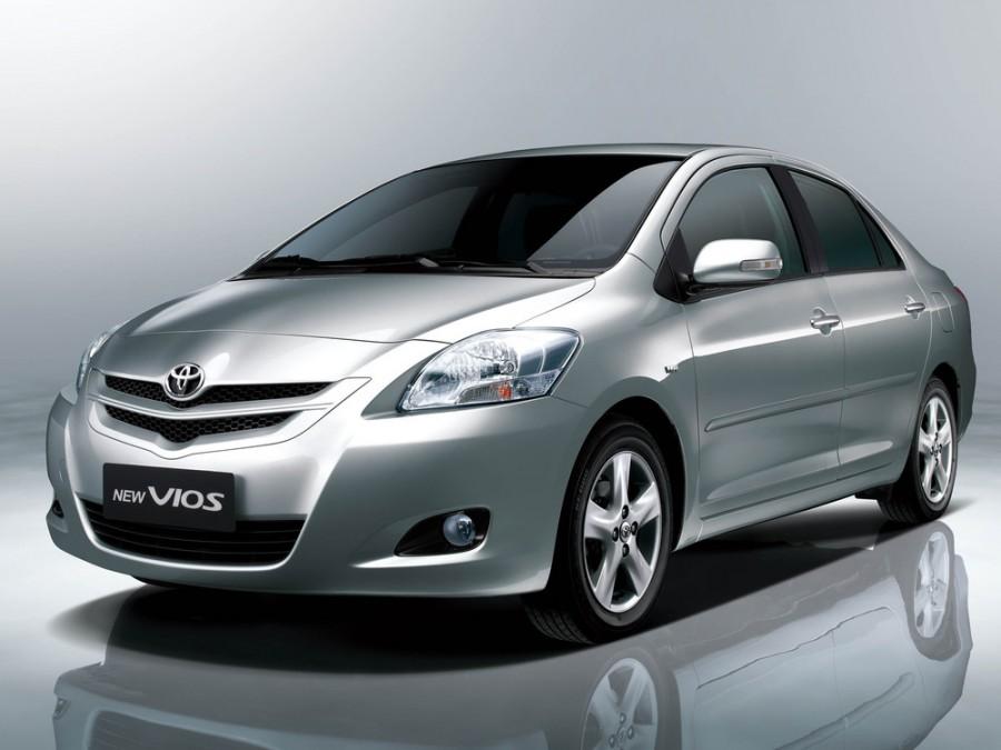 Toyota Vios седан, 2006–2010, 2 поколение - отзывы, фото и характеристики на Car.ru