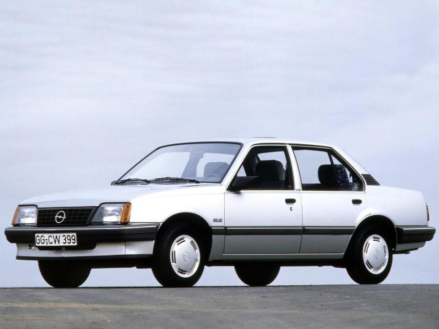 Opel Ascona седан 4-дв., 3 поколение [рестайлинг] - отзывы, фото и характеристики на Car.ru