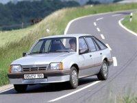 Opel Ascona, 3 поколение [рестайлинг], Хетчбэк