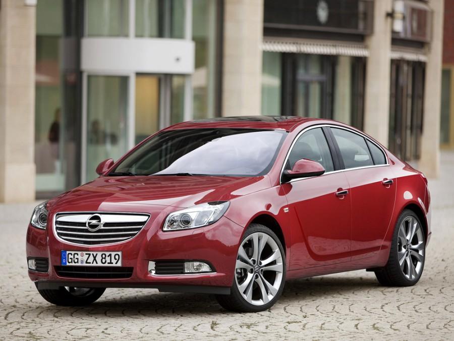 Opel Insignia седан 4-дв., 2008–2016, 1 поколение - отзывы, фото и характеристики на Car.ru
