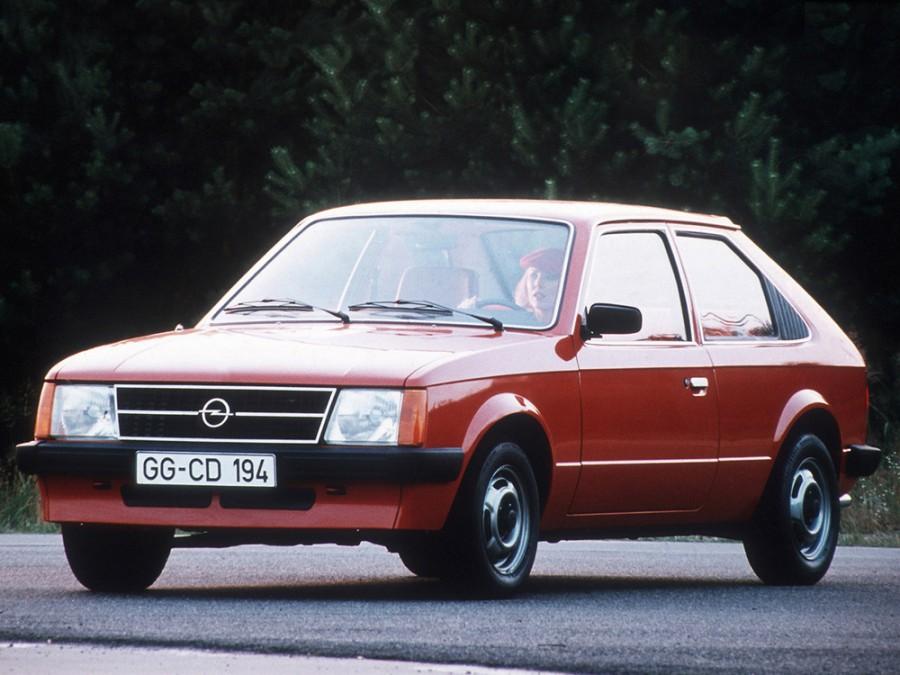 Opel Kadett хетчбэк 3-дв., 1979–1984, D - отзывы, фото и характеристики на Car.ru