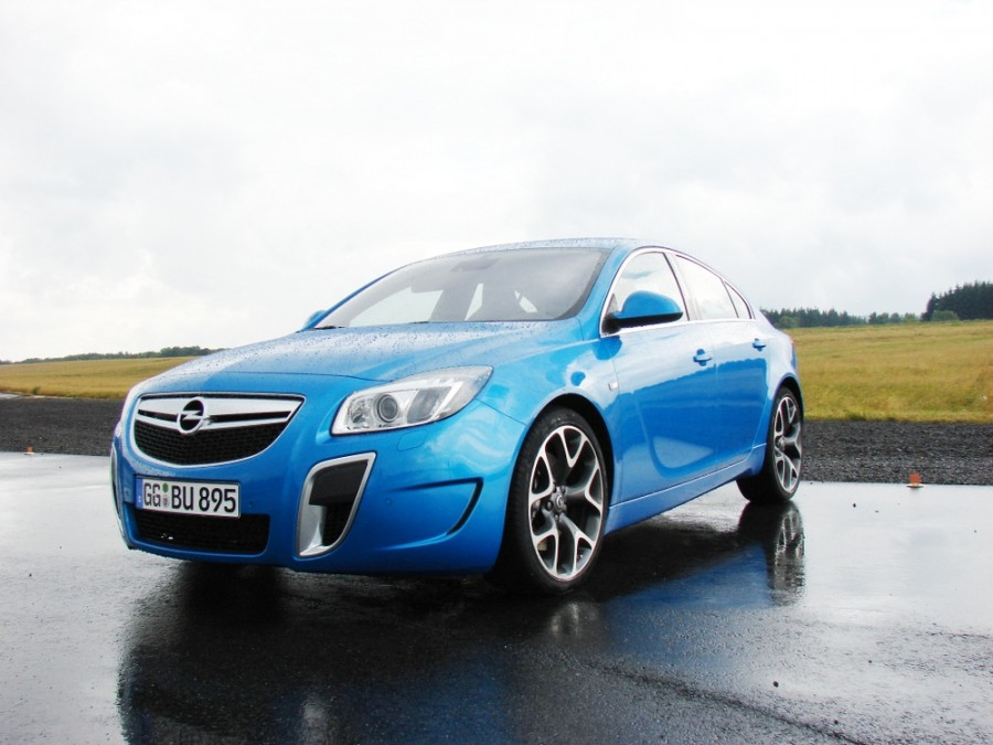 Opel Insignia OPC лифтбэк 5-дв., 2008–2016, 1 поколение - отзывы, фото и характеристики на Car.ru