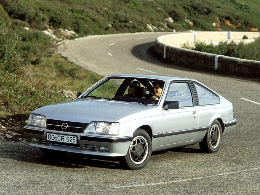 Opel Monza купе, A2 - отзывы, фото и характеристики на Car.ru
