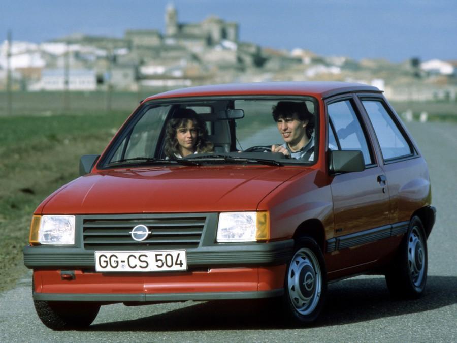 Opel Corsa хетчбэк 3-дв., 1982–1993, A - отзывы, фото и характеристики на Car.ru