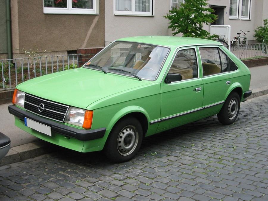Opel Kadett фастбэк 4-дв., 1979–1984, D - отзывы, фото и характеристики на Car.ru