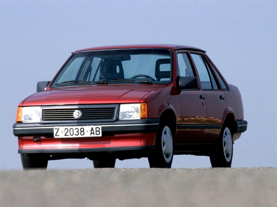 Opel Corsa седан 4-дв., 1982–1993, A - отзывы, фото и характеристики на Car.ru